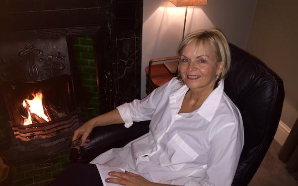 Dr Leslie Perman-Kerr